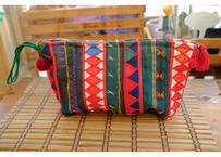 アカ族の刺繍クラッチバッグ(持ち手:緑)