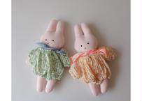 BN BABY COCO DOLL SET / ぬいぐるみ / お着替え4点セット / ウサギ / クマ / ショール +カバン+お洋服+人形 / ベビー / キッズ