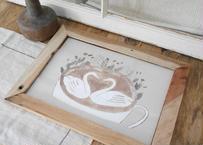 A4サイズ 布ポスター『スワンのラテアートとドライフラワー』