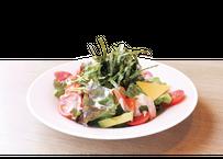 【炉端かば鳥取駅前店】アボカド入り海鮮海苔サラダ