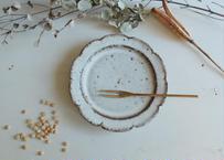 鉄粉のある 野の花皿 15cm 静かで豊かな時間