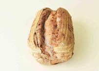くるみのカンパーニュ(自家製レーズン酵母 全粒粉入り田舎パン)