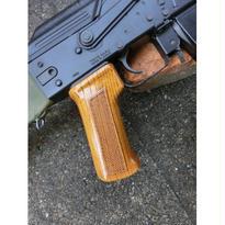 受注 次世代AKシリーズ用 チェッカリンググリップ製作