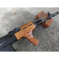 受注 次世代AKS74N用 AIMS-74タイプウッドハンドガード製作