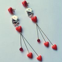 CARDS HEARTS HEARTS ピアス