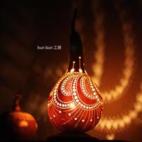 ひょうたんランプ--孔雀のダンス
