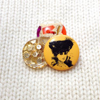 Button broach ボタンブローチ/モザイク×金スパンコール×貴婦人オレンジ