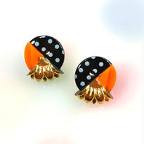 Button earrings ボタンピアス/3トーン・水玉×オレンジ×金花型