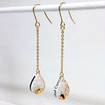 Metrocard pierced earrings メトロカードピアス/ドロップタイプ・オフホワイト、水色、ゴールド系