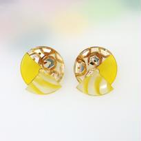Button pierced earrings ボタンピアス/3トーン・金スパンコール×山吹クリア×黄ラインクリア