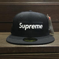 "SUPREME / Playboy Box Logo New Era size : 7 1/4 ""2017S/S"""