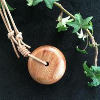 屋久杉 丸型ネックレス 天然木 無垢