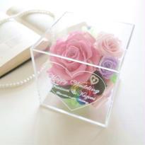 """《受注制作》message ROSE """"Bouquet"""" ♡名入れギフト♡レインボー&ダイヤモンドローズの豪華フラワーキューブ"""