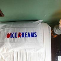 [CHEAP TIME$]  NICE DREAMS ピローケース