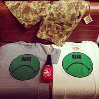 [Naughty] SHIT FLAG Tee