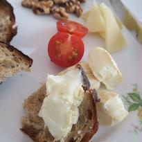 特選北海道チーズ、のぼりべつ酪農館 Bi'sオリジナルお得なお任せBセット 品薄状態の為3月はオーダーストップ