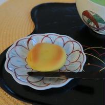 九谷焼小皿 牡丹紋輪花 、赤地 径、再入荷!!お待たせいたしました!