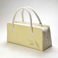 野菊が刺繍された利休バッグ