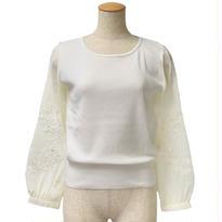 袖刺繍ニットプルオーバー(ホワイト)