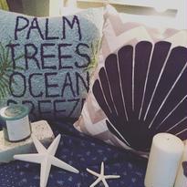 """PALM TREES OCEAN BREEZE""CUSHION"