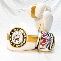 YOKKAO/ヨッカオボクシンググローブ Official Fight Team White/Gold