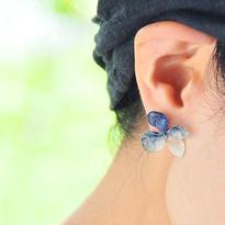 アジサイ【L/藍染】4枚花弁のピアス 14kgf(イヤリング)