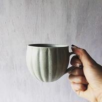 若菜綾子 彫りマグカップ
