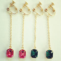 sale★swing. Vintage SWAROVSKI (earring)