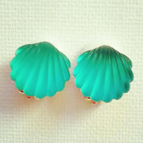 Vintage Shell earring