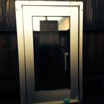 YKK AP 縦すべり出し窓 H2 NXV-03605-M-QPL 340X570