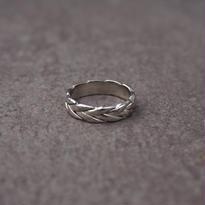 mesh design ring