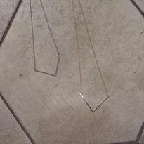 Vcut design necklace