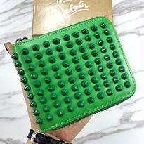 【クリスチャンルブタン Christian Louboutin】財布 高品質 SE-LO-12