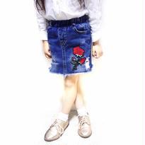 kids☻薔薇🌹刺繍ワッペン付denimskirt