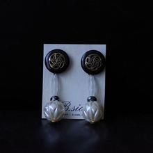ヴィンテージボタンのデザインピアス BS18