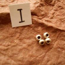 カレン族シルバー銀925NOI 4個1G W0.4Ho.3D0.3CM穴2MM necklaceネックレス karen hilltribe