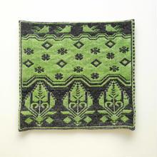 ヤノフ村の織物 クッションカバー 伝統的な花と鳥と幾何学模様(40×39cm) #1397