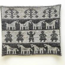 ヤノフ村の織物 クッションカバー ロバと村人(38×32cm) #1532