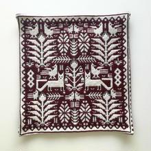 ヤノフ村の織物 クッションカバー 動物と植物模様(40×40cm) #1432