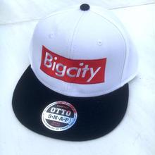 Bigcity boxlogo snap back cap 人気のWHITE