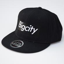 Bigcity BOXLOGO SNAPBACK CAP  人気のBLACK
