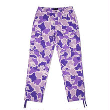 RIPNDIP NERMAL CAMO CARGO PANTS     PURPLE