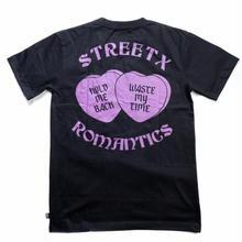 STREET X ROMANTICS TEE    BLACK