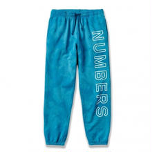 NUMBERS EDITION OUTLINE WORDMARK   FLEECE BOTTOM