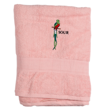 SOUR SOLUTION    QUETZAI TOWEL PINK
