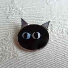 ネコブローチ(黒)