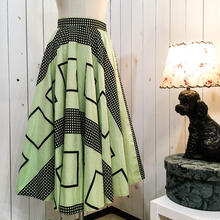 1940-50s vintage ピスタチオグリーン×ブラック 幾何学模様  パニエ付き サーキュラー スカート/古着 ビンテージ