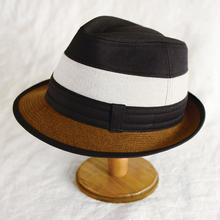 Border hat