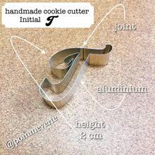 Initial  T  cookie cutter