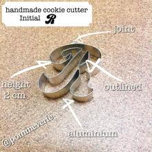 Initial  R  cookie cutter